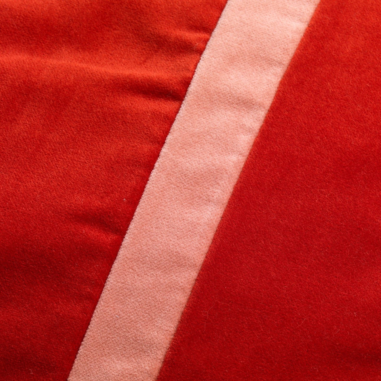 PEMM - Sierkussen velvet Aurora Red 45x45 cm