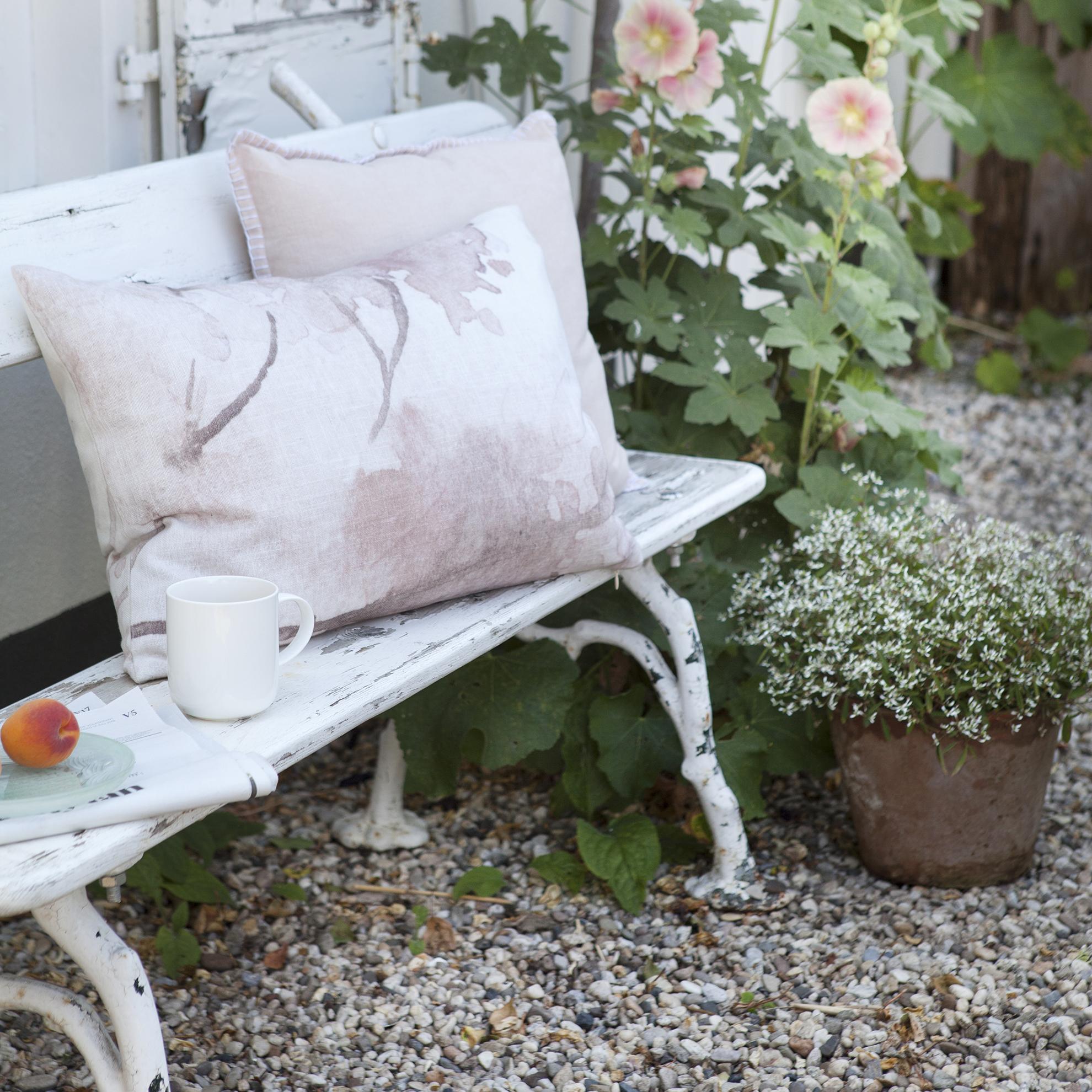 PINK FLOWER - Sierkussen Walra Pink Flower 40x60 cm Zachtroze