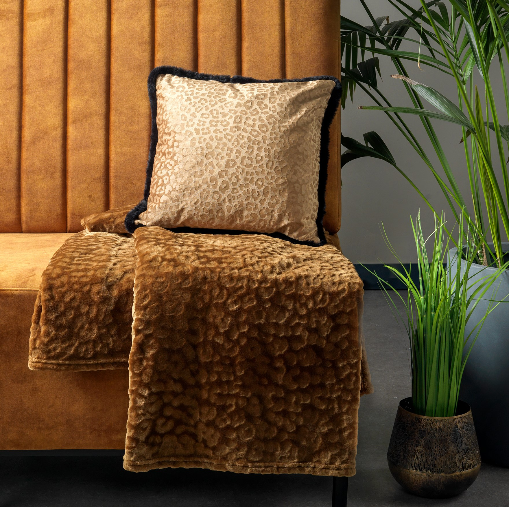 CHESTER - Plaid van fleece 150x200 cm Tobacco Brown